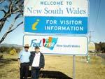 Norbert und unser bester Busfahrer Michael an der Grenze